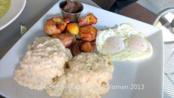 biscuits and gravy (640x361)