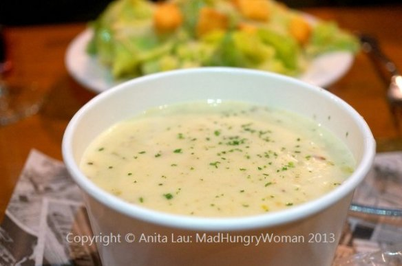 clam chowder (640x425)