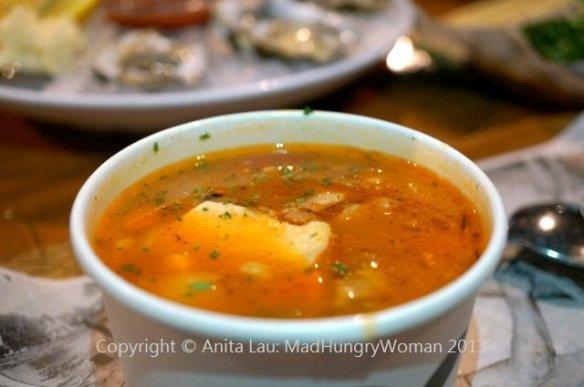 seafood chowder (640x425)
