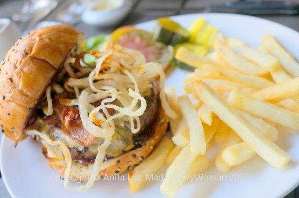 cowboy burger (640x425)