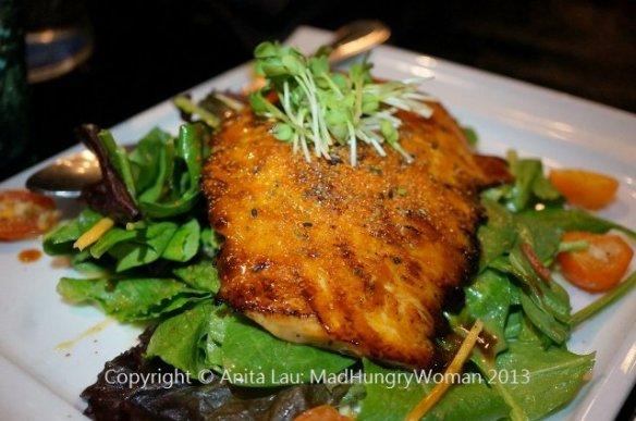 salmon salad (640x425)